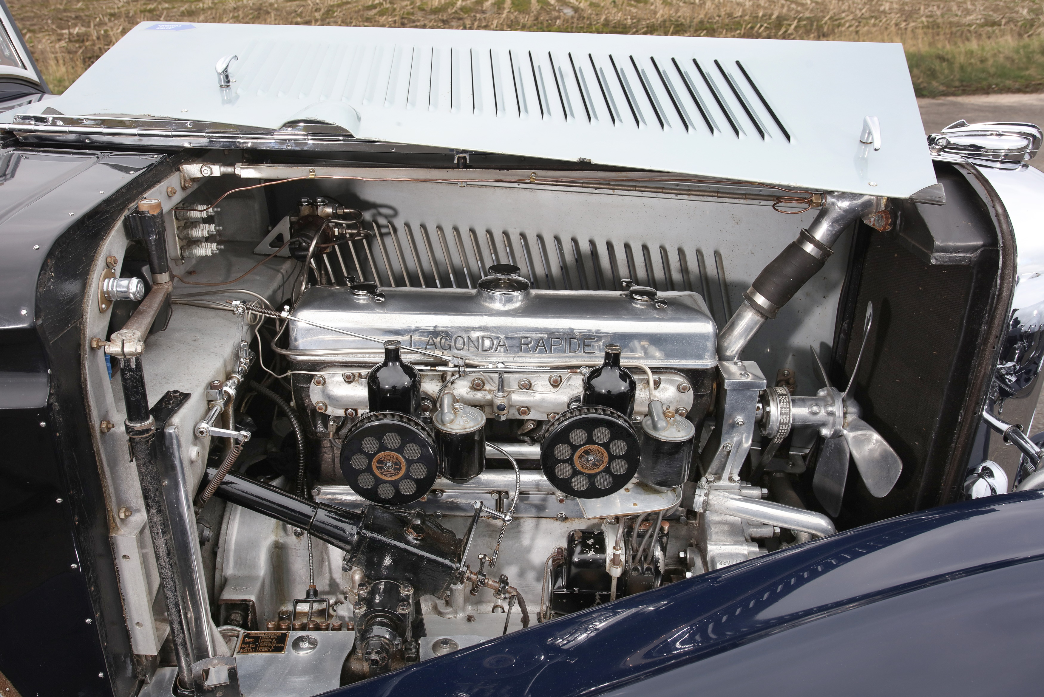 Lagonda Rapide engine