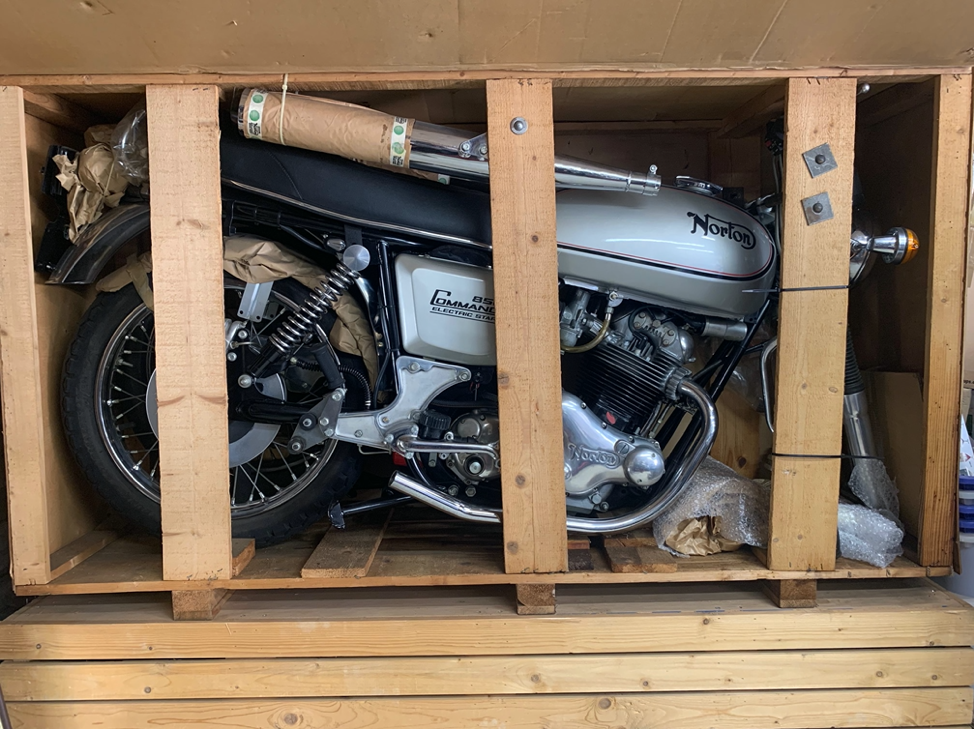 'TIME CAPSULE' 1977 NORTON COMMANDO 850 INTERSTATE – UNTOUCHED & STILL IN ITS PACKING CASE FOR SALE