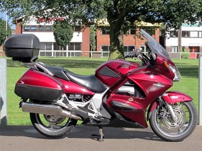 Lot 1002-2005 Honda ST1300