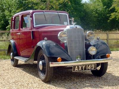 Lot 16 - 1933 Vauxhall 12/6 Saloon