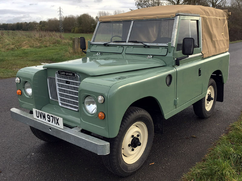 Lot 61-1982 Land Rover 88 Series III