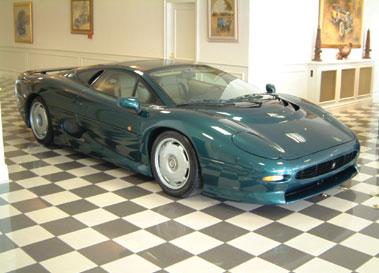 Lot 41-1998 Jaguar XJ220