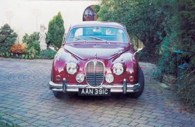 Lot 18-1965 Jaguar MK II 3.4 Litre