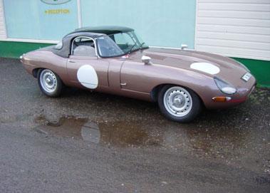 Lot 56-1964 Jaguar E-Type 3.8 Roadster