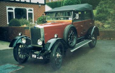 Lot 16-1928 Morris Cowley Tourer