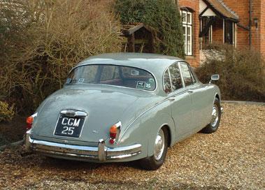 Lot 88-1961 Jaguar MK II 2.4 Litre