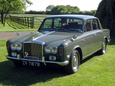 Lot 37-1975 Bentley T-Series