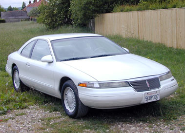 Lot 13-1993 Lincoln Mark VIII Coupe