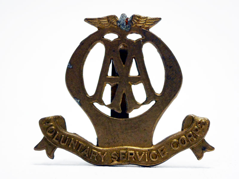 Lot 59-AA Automobile Association WWI Voluntary Service Lapel Badge