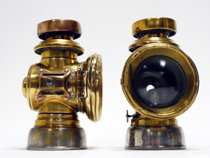 Lot 66 - A Pair of Lucas F143 'King's Own' Side Lamps