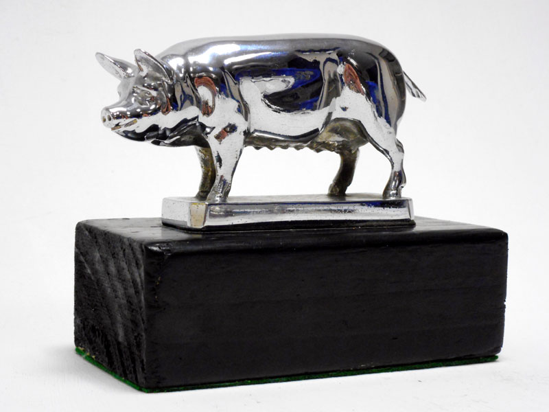Lot 89-'Standing Sow' Accessory Mascot