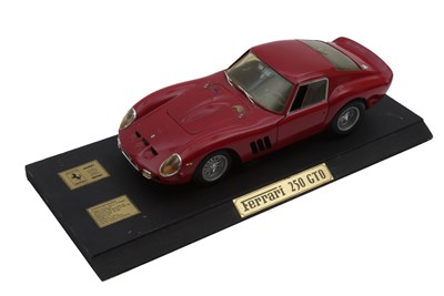 Lot 19-1:12 Scale Ferrari 250 GTO Model