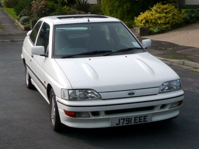 Lot 62-1991 Ford Escort RS 2000