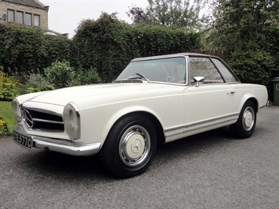 Lot 96-1965 Mercedes-Benz 230 SL
