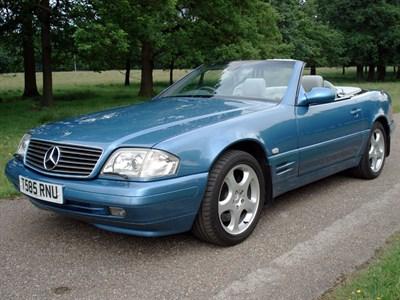 Lot 85-1999 Mercedes-Benz SL 280