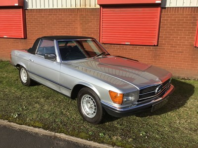 Lot 17-1975 Mercedes-Benz 350 SL