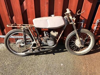 Lot 189-1960 Heldun Hawk