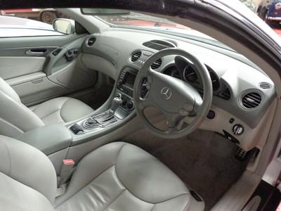 Lot 37 - 2005 Mercedes-Benz SL 350