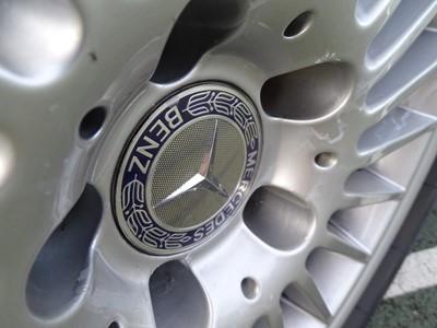 Lot 54 - 2004 Mercedes-Benz SL 500