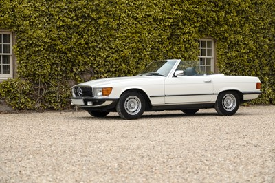 Lot 308-1985 Mercedes-Benz 500 SL
