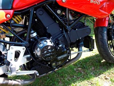 Lot 226-1993 Ducati 900 SS CR