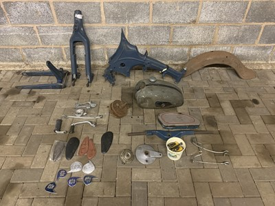 Lot 200.-c.1956 NSU 125 OSB Superfox Parts