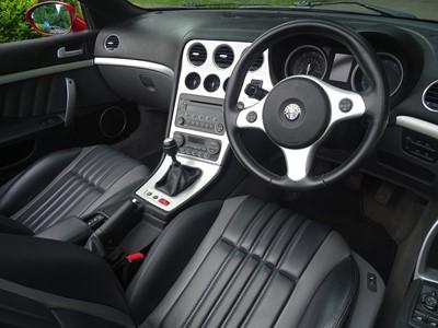 Lot -2007 Alfa Romeo Spider 3.2 V6 JTS Q4