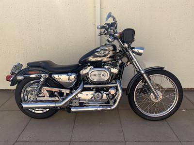 Lot 214-2002 Harley Davidson Sportster XL1200C Custom