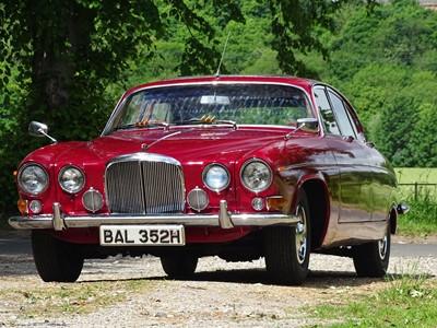 Lot -1970 Jaguar 420G