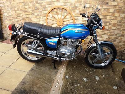 Lot -1981 Honda CB400A
