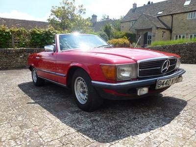 Lot 307-1985 Mercedes-Benz 500 SL