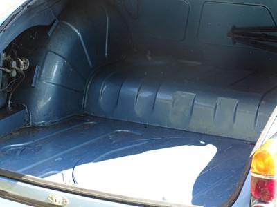 Lot 352 - 1965 Daimler V8-250