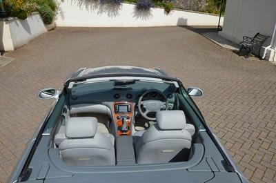 Lot 364 - 2002 Mercedes-Benz SL 500