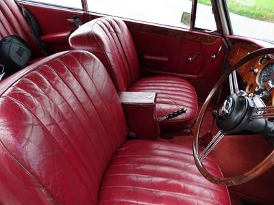 Lot -1964 Alvis TE21 Saloon
