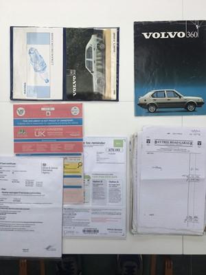 Lot -1983 Volvo 360 GLT