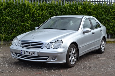 Lot 302 - 2006 Mercedes-Benz C180 Kompressor Classic SE