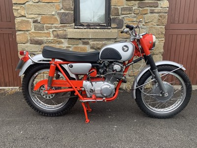 Lot 240 - 1967 Honda CL77