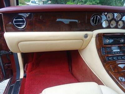 Lot 42 - 2002 Bentley Arnage R Automatic