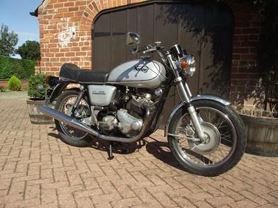 Lot -1974 Norton Commando 850