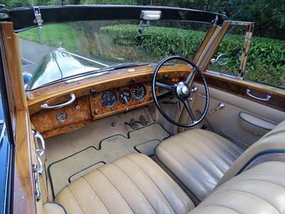 Lot 50-1950 Bentley MK VI Drophead Coupe