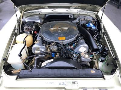 Lot 28 - 1983 Mercedes-Benz 500 SL