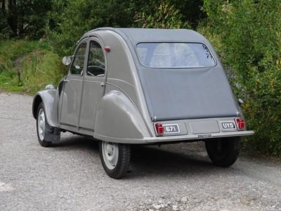 Lot 304-1957 Citroen 2CV AZ