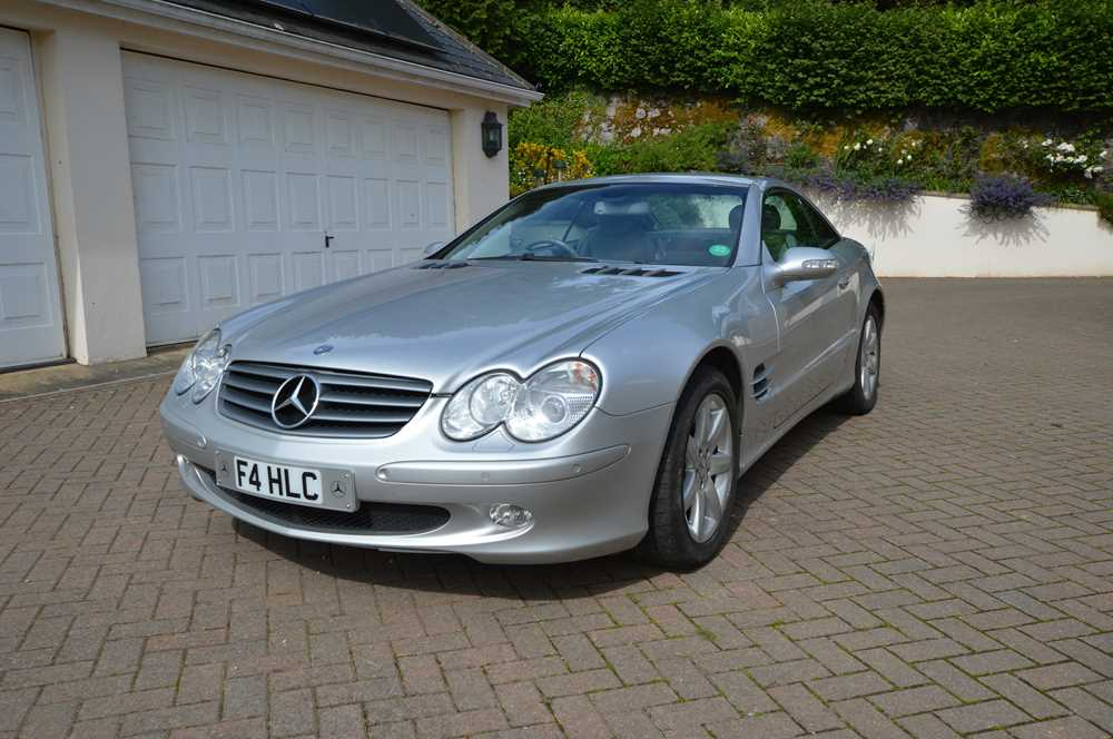 Lot 307-2002 Mercedes-Benz SL 500