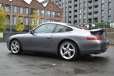 Lot 55 - 2001 Porsche 911 Carrera 4 Tiptronic S