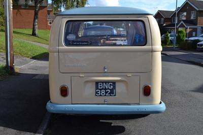 Lot 308-1971 Volkswagen Type 2 Camper Van
