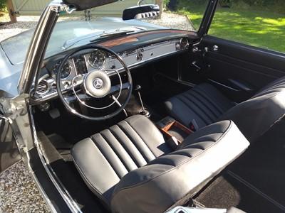 Lot 83 - 1966 Mercedes-Benz 230 SL