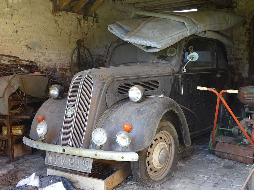 Lot 300-c1955 Ford Popular