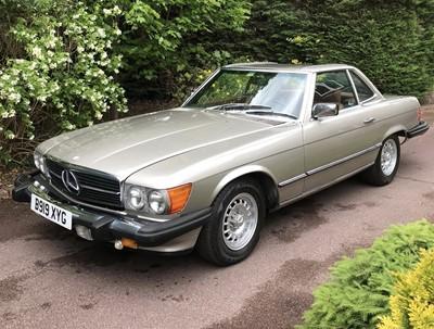 Lot 329-1985 Mercedes-Benz 500 SL