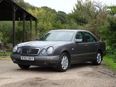 Lot 348-1997 Mercedes-Benz E280 Elegance