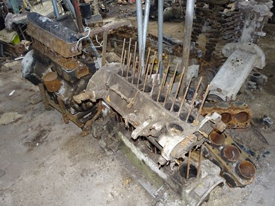 Lot 101-A Large Quantity of Rolls-Royce Engine Components